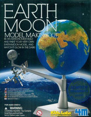 Pohyblivý model Zeme a Mesiaca - svietiaca v tme