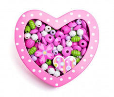 Navlékací korálky - Malé růžové srdíčko